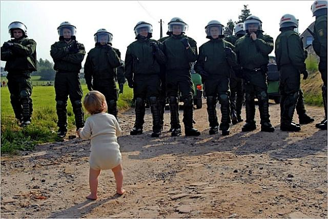 baby vs police